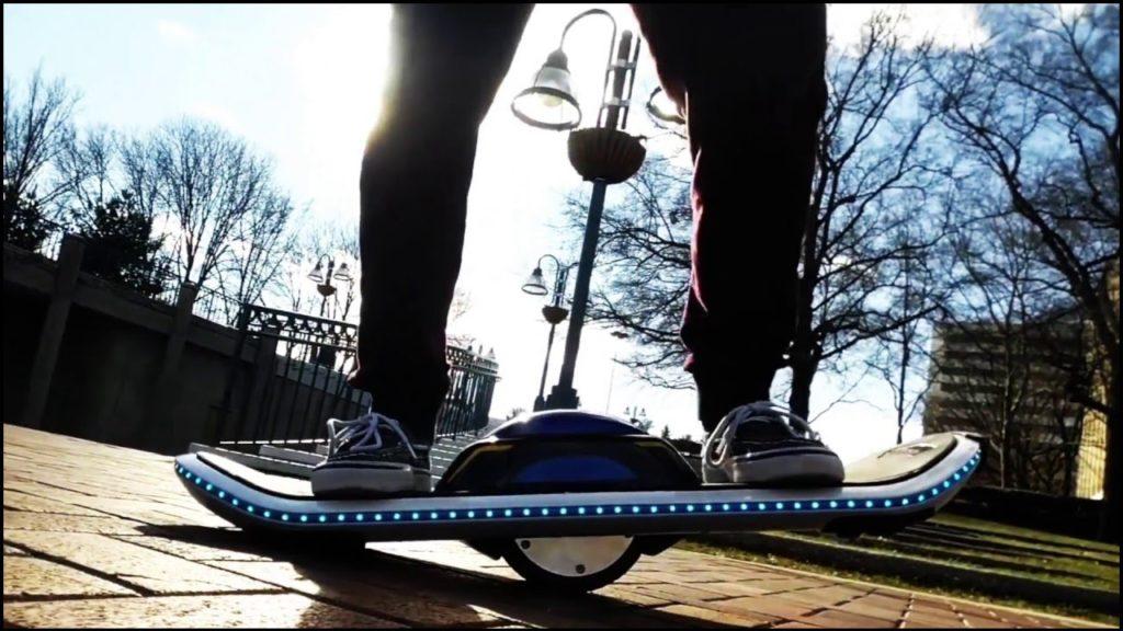 Skate electrique à une roue