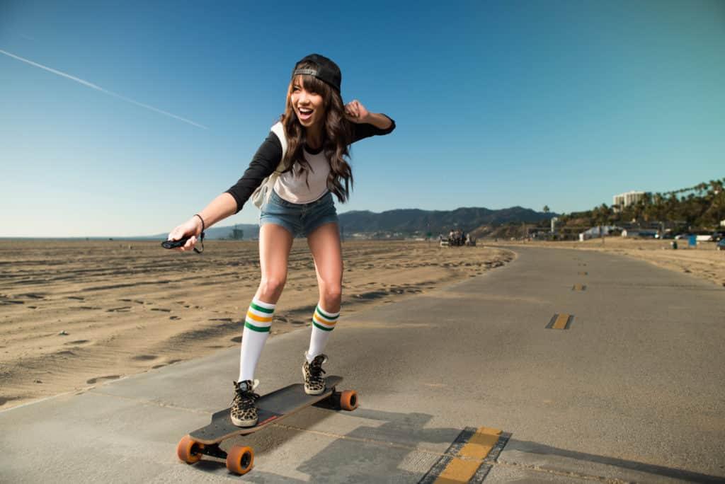 comparatif sur les meilleurs skates lectriques hover store. Black Bedroom Furniture Sets. Home Design Ideas